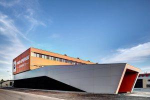 Mehr Farbe und Energie im Winterendspurt: Das Betriebsgebäude der Wien Energie wurde als Vorzeigeprojekt für den Einsatz...