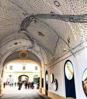 This city is one big art piece! 😍 ... #museumsquartier #art #wallart #innerestadt #vienna #wien #stadtwien #austria...