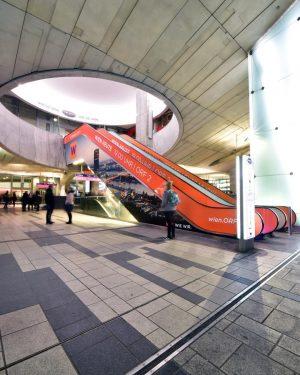 Ich weiß nicht, wie ich die Mall in Wien Mitte beschreiben soll ... 🧐 Für mich liegt...