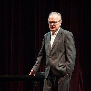 Der große Geschichtenerzähler Michael Köhlmeier sammelt und dichtet seit bald 50 Jahren Märchen. ...