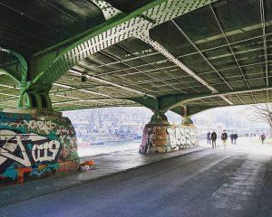 #graffiti #architecture #bridge #urbanart #muralart #mural #streetart #inthestreets #myvienna #mycity #lovevienna #1000thingsinvienna #1000thingstodoinvienna #igersaustria #igersvienna #igerseurope #myaustria...