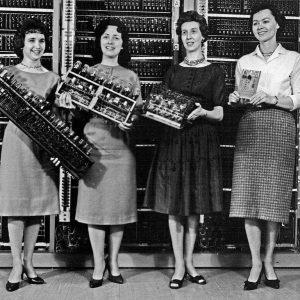 Kennt ihr diese Frauen? Patsy Simmers, Gail Taylor, Milly Beck & Norma Stec präsentieren hier Teile der...