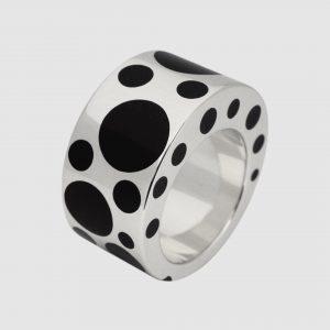 Bubble Bobble #resin #highjewelry #jewelry #jewellery #ring #silver #gold #fine #artisan #luxury #custom #art #blingbling #fashion #hautejewelry...