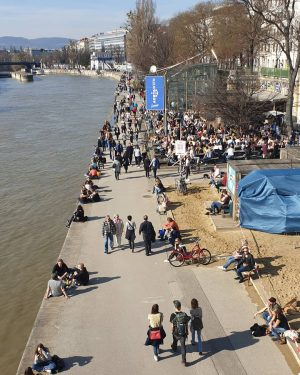 VIENNA/ Adria/ Donaukanal ________________________ #donaukanal #adriawien #viennanow #igerswien #igersvienna #frühlinginwien #frühlingsboten #citylife #cityphotography ...