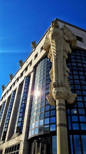 Random building in Vienna #sky #building #bluesky #architecture #vienna #sun