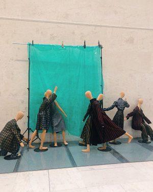 Modelling mannequins🧵 • • • • #tbt #travelphotography #leopoldmuseum #museum #leopold #mannequin #vienna #wien #wien🇦🇹 #feelaustria #fashion...