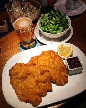 The real deal 😎 Wiener Schnitzel in Wien 🇦🇹 What a City, wow ...