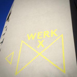 Folge den gelben Pfeilen... #werkx #theateramarschderwelt #meidling Meidling