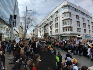 Wenn junge Menschen heute demonstrieren gehen und mehr Klimaschutz verlangen, dann sage ich ...