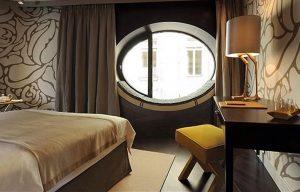 Wusstet ihr, dass dieses luxuriöse Design, durch den weltberühmten Stil der Wiener Werkstätte ...