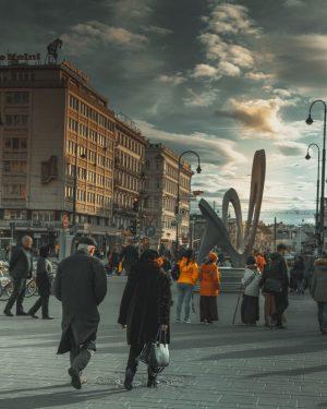 ..... Moody City Vienna..........#urbanandstreet #streetactivity #streetshared #streets_vision #streetleaks #streetframe #streetdreamsmag #street_focus_on #meistershotz #theimaged #visualambassadors #illgrammers #tag_fantastic_photos #shotzdelight...