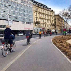 Ganz schön was los heute! 😊🚲 #fahrradwien #igersvienna #lovecycling #biketowork