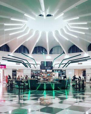 #flughafenwien #viennaairport . #viennasnapshot #vienna #visitvienna #viennacity #viennalove #viennadaily #vienna_go #vienna_austria #viennaaustria #viennanow ...