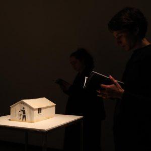 Superpräzises Licht auf #PeterFriedl #Häuser #Modelle @kunsthallewien - supertricky zu Fotografieren... aber ohnehin ...