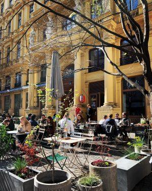 🐣Hello Spring . . . #garten #garden #outdoor #restaurant #wien #vienna #austria MOCHI