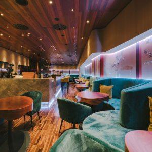Neu designte Bar und ab sofort auch mit Frühstück. Es wird wieder Zeit, dem @fabiosvienna in der...