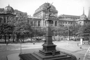 Das Denkmal bei der Mölker Bastei erinnert an den ehemaligen Bürgermeister Johann Andreas von Liebenberg, der von...