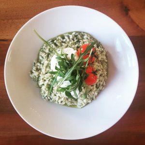 so starten wir in die Woche: • Tomaten-Kokos-Suppe €3,50 • Rucola-Risotto mit Kirschtomaten und und Limettenricotta €7,20...