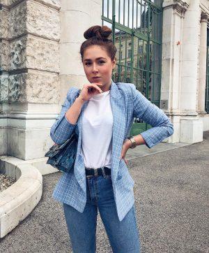 Fri-nally 💙 • • • #ootd#viennablogger#modeblogger#blogger_de#blogger_at#modeblogger_at#wienblogger#wien#fashionblogger_at#fashionblogger_de#austrianblogger#modeblogger_de#germanblogger#vienna#outfitoftheday#outfitpost #lingerie #sportswear
