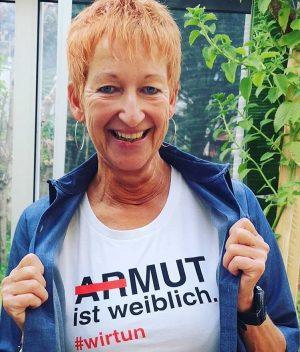 #evarossmann #wirtun #dankefürshelfen #lestihrebücher Shirts gibts unter www.respekt.net und natürlich auch im Caritas Shop auf der Mariahilfer...
