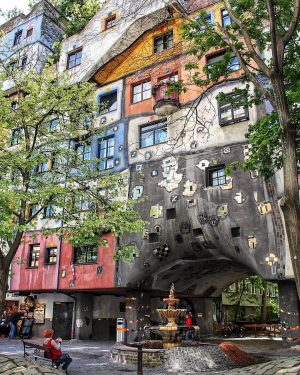 The extraordinary Hundertwasserhouse located in the third Viennese district. It was constructed between ...