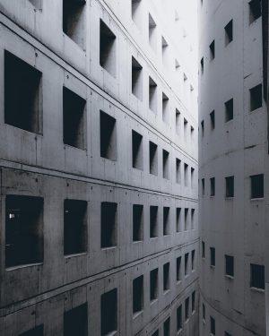 Concrete . . . #SymmetricalMonsters #guardiancities #cntraveler #runthestreets #hsdailyfeature #createexplore #germanvision #gramvisions #rawurbanshots #optimalmoments #wonderlustberlin #odysseymoodz #lookingup_architecture...