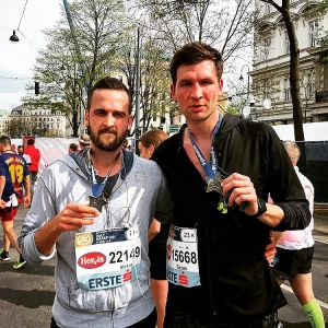Brothers on the run ✊🏼🏃🏽‍♂️🏅 🤙🏼 🤙🏼 🤙🏼 🤙🏼 #marathon #halfmarathon #vienna #wien ...