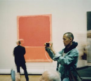 stealing small pictures of rothko