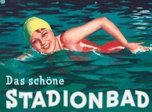 DIE FREIBAD-SAISON HAT BEGONNEN, ZUMINDEST THEORETISCH. Das Plakat aus unserer Sammlung entstand 1934 und wurde von Hans...