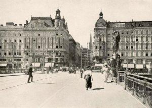 Die Marienbrücke wurde zwischen 1905 und 1906 als Stabbogenbrücke nach Plänen von Josef ...
