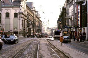 Immer wieder faszinierend: Die Mariahilfer Straße in den 80er-Jahren und heute. Altes Foto: ...