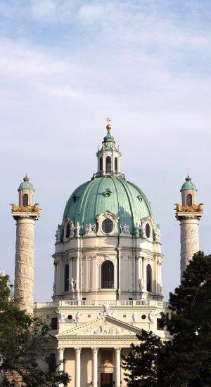 Karlskirche . . . . . #karlskirche #karlsplatz #johannbernhardfischervonerlach #kirche #abendsonne #church #wien ...