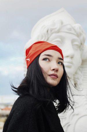 Mühlbauer | #summerclassics ▪️ @aya_shalkar wears KORA ♥️ This soft and light #turban is made from #organic...