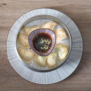 Gyoza aus eigener Produktion /// Veggie, Huhn-Shiitake oder Bärlauch-Garnele /// CAFÉ LEOPOLD