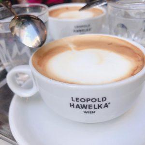 2019.05.02 #wien #vienna #cafe #capuccino #cheesecake #käsekuchen #hawelka