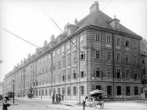 Alser Kaserne 1692 wurde in einem den niederösterreichischen Ständen gehörenden Haus in der Alser Straße die Landschaftsakademie...