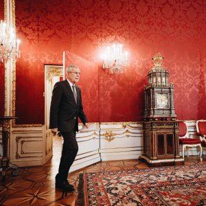 """Ein abendlicher Medientermin in der Präsidentschaftskanzlei: """"Die Österreicherinnen und Österreicher haben ein Recht, ihrer Regierung vertrauen zu..."""