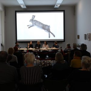 Early #GabrieleRothemann: #Hasen bzw #Tiere zwischen #Leben und #Tod (knapp nach letzterem #fotografiert) - #domerstag #künstlergespräch @dommuseumwien...
