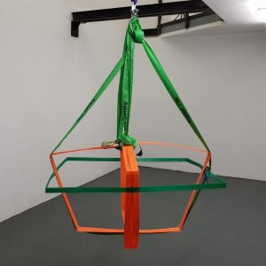 No strings attached @studio_paul_leitner #exhibition at @unttldcontemporary #vienna #contemporarysculpture #contemporaryart #iloveart #paulleitner #unttldcontemporary ...