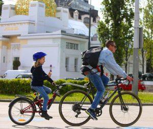 Wir wünschen euch einen guten Start in den Dienstag! 😊🚲 #fahrradwien #biketowork #biketoschool ...