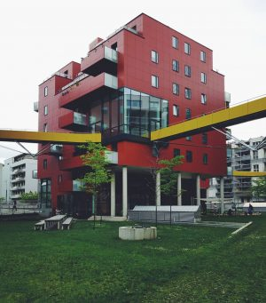 sonnwendviertel . . . #oesterreichbild_azw #stadtentwicklung #klauskada #allcitiesarebeautiful #architecture_photography #ig_architecture #architecture_minimal #lookingup_architecture #jj_architecture #archimasters #sonnwendviertel #newtopographics #perspective...