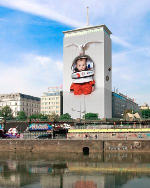 Der Ringturm am Wiener Donaukanal wird diesen Sommer schon zum zwölften Mal verhüllt. ...