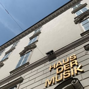 It's time to swap: we visited our friends at Haus der Musik and will show you some...