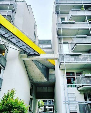 instawalk - Az W - Mein Österreichbild #igersvienna #igersaustria #instagramphotochallenge #oesterreichbild_azw #vienna #sonnwendviertel #architecture #architecturelovers #amazingarchitecture #urbanphotography...