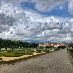 #cloudporn . . . #igersvienna #igersaustria #vienna #vienna_only #ilovevienna #viennanow #1000thingsinvienna #viennainside #wonderlustvienna #ig_austria #österreich #austria #discoverAustria...