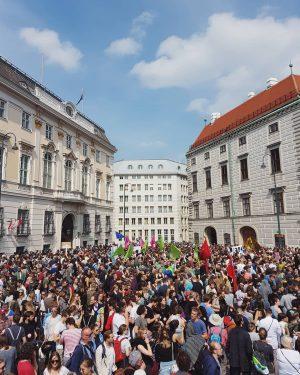 Ballhausplatz, Wien, 18. Mai 2019 #ballhausplatz #wien #vienna #viennanow #viennaonly #wienstagram #vienna_austria #vienna_city ...