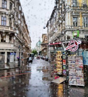 rainy vienna 🖤 #wienliebe #igersvienna #vienna_city #rainyvienna #wienstagram #wienohwien Bezirk Wien (Stadt)