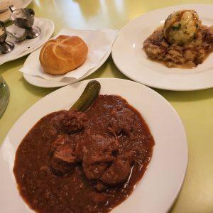 #wien #vienna #austria #goulash #porkdumplings #glacisbeisl 넘 배고파서 구글링 하다가 찾아서 그냥 들어간곳. ...