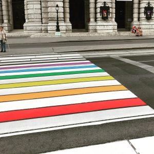 Coolvienna! #europride #crosswalk #vienna #diversity 🏳️🌈