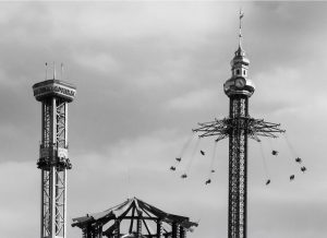 Author: Flavio Gerdel. Photo walk. Photographic Composition. Elements of Expression: Backlighting, Symmetry, Shape, Asymmetry. Prater. Wien. For...